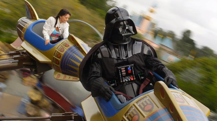 Darth Vader en Disneylandia | Microbio Comunicación