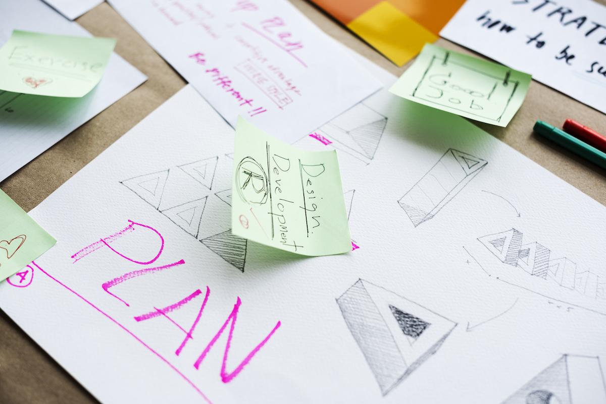 Diseño de un plan estratégico para diseñar un logo