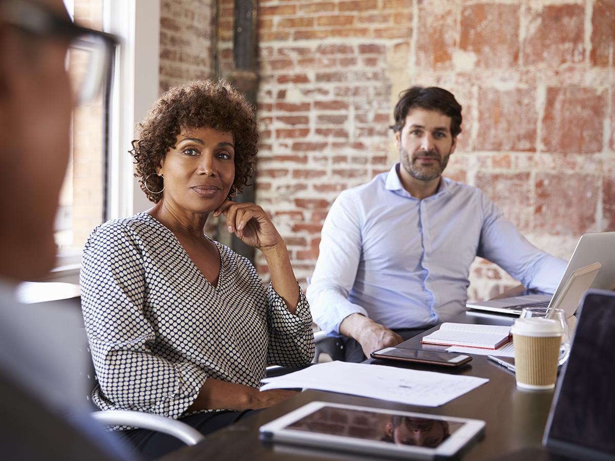 Imagen de una reunión de creativos